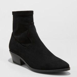 Universal Thread Loraine western Sock Booties